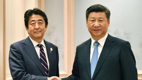 Jepang dan Tiongkok berkomitmen memperbaiki hubungan dan mendorong de-nuklirisasi di semenanjung Korea - ảnh 1