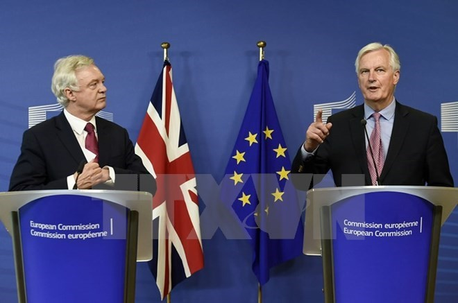 Uni Eropa mengeluarkan syarat-syarat perundingan dengan Inggris - ảnh 1