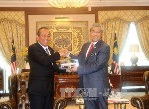 Vietnam dan Malaysia memperkuat kerjasama di semua bidang - ảnh 1