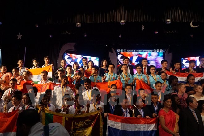 Vietnam merebut prestasi tinggi di Kontes Matematika Muda Internasional di India - ảnh 1
