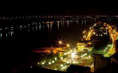 "Festival Pariwisata ""Malam Lampu Ninh Kieu""-aksentuasi dari pariwisata Kota Can Tho - ảnh 1"
