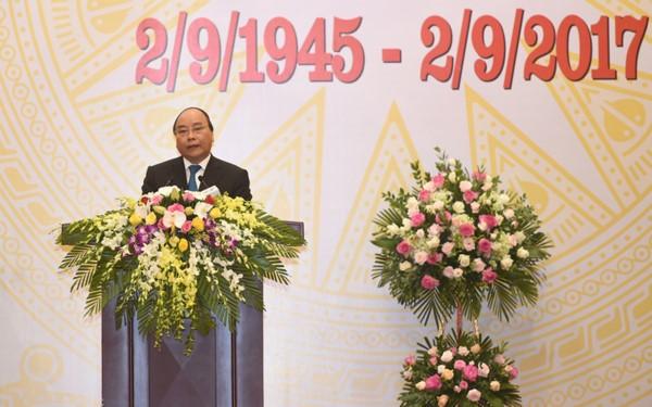PM Vietnam, Nguyen Xuan Phuc memimpin resepsi internasional sehubungan dengan Hari Nasional Vietnam (2/9) - ảnh 1
