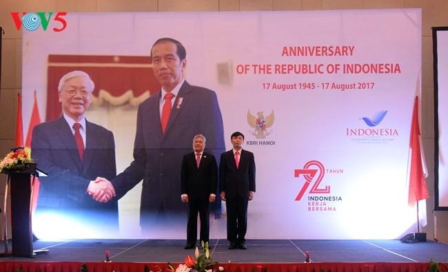 Resepsi sehubungan dengan ultah ke-72 Hari Kemerdekaan Republik Indonesia - ảnh 1