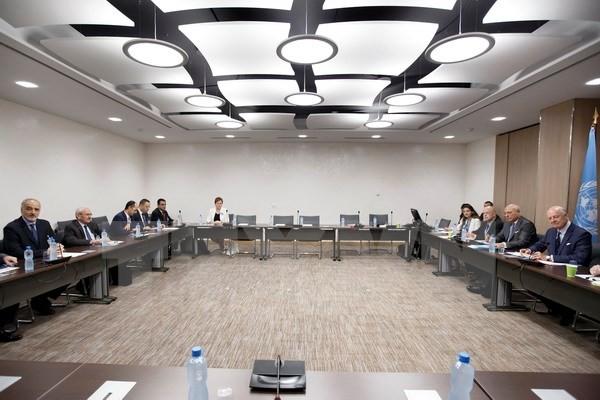 Putaran perundingan yang ke-6 tentang perdamaian Suriah dimulai di Astana - ảnh 1