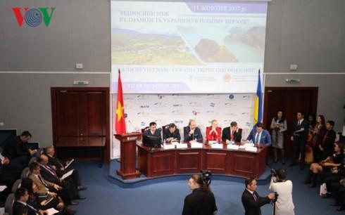 """Forum """"Hubungan Vietnam-Ukraina pada tahap baru"""" - ảnh 1"""