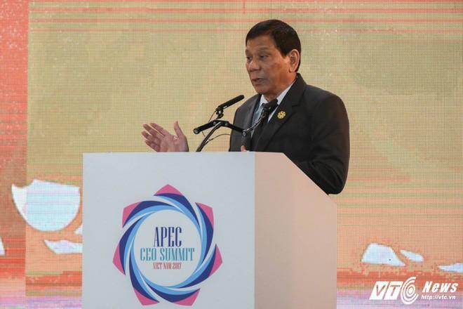 Berkat adanya integrasi, ASEAN sedang menghadapi  masa depan yang cerah - ảnh 1