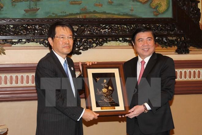 Kota Ho Chi Minh dan Provinsi Osaka, Jepang mendorong kerjasama perdagangan dan investasi - ảnh 1