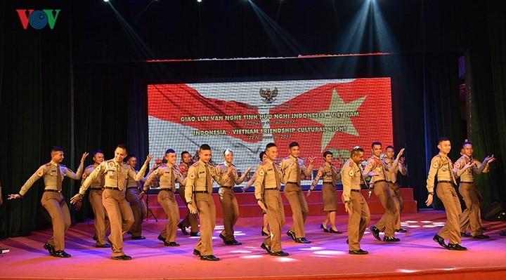 Program temu pergaulan kesenian persahabatan Indonesia-Vietnam - ảnh 1