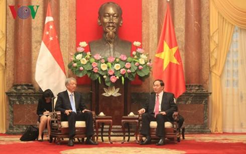 越南国家主席陈大光会见新加坡副总理张志贤 - ảnh 1