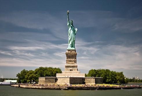 世界多国对特朗普签署限制难民入境行政命令纷纷表态 - ảnh 1