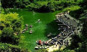 4.30和5.1假期 前来宁平旅游的游客大幅增长 - ảnh 1