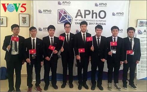 越南荣获第18届亚洲物理学奥林匹克竞赛金牌 - ảnh 1