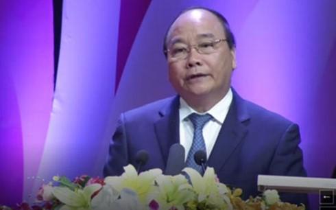 """表彰""""光荣越南""""活动中的30个集体和个人 - ảnh 1"""