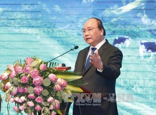 阮春福与山萝省领导人举行座谈 - ảnh 1