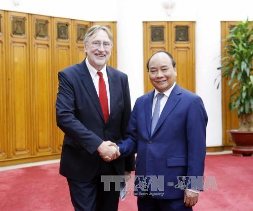 阮春福:越南一向欢迎国际投资者 - ảnh 1