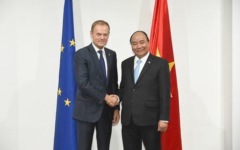 阮春福会见联合国秘书长古特雷斯和欧洲理事会主席图斯克 - ảnh 2