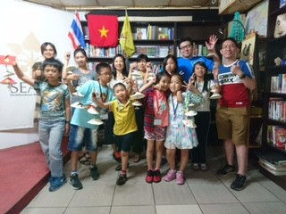 探访抚慰旅居中国台湾越南人心灵的望见书店 - ảnh 2