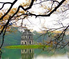 Tourisme: Leçon 2: Le lac de l'épée restituée - ảnh 1