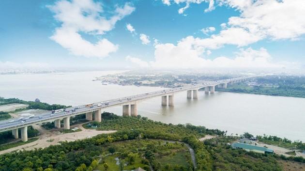 Hanoi va construire 14 nouveaux ponts sur le fleuve Rouge et la rivière Duong - ảnh 1
