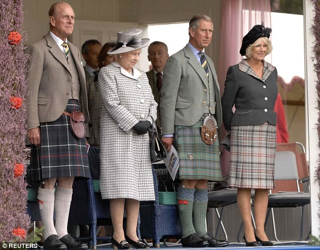 Scottish kilts – most recognizable symbol of Scotland  - ảnh 1