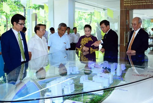 National Assembly Chairwoman visits Ton Duc Thang University - ảnh 1