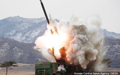 美日韩谴责朝鲜试射弹道导弹 - ảnh 1