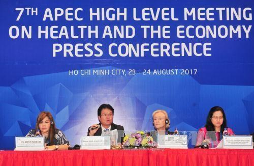 为实现建设健康的亚太地区目标推动亚太经合组织内部合作 - ảnh 1