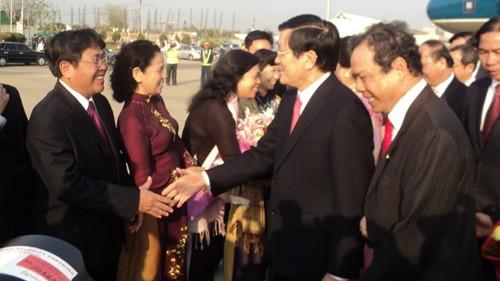 Laos Medien schätzen Besuch des Staatspräsidenten Vietnams - ảnh 1