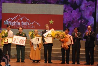 Vietnam startet zweite Phase der Wohltätigkeitskampagne für den Truong Son Pfad - ảnh 1