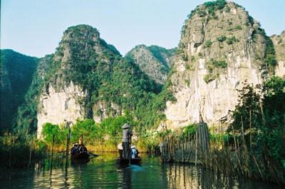 Tam Coc-Bich Dong – eine bekannte Landschaft in Ninh Binh - ảnh 1