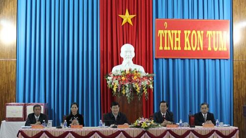 Staatspräsident Truong Tan Sang besucht Kon Tum - ảnh 1