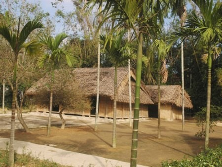 Geburtsort Ho Chi Minhs: Dorf Hoang Tru - ảnh 1