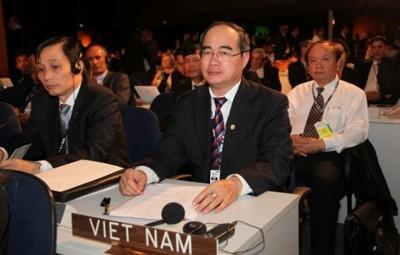 Vize-Premierminister Nguyen Thien Nhan zu Gast beim Rio+20-Gipfel - ảnh 1