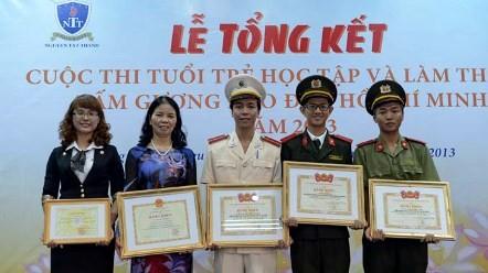 """Preisverleihung des Wettbewerbs """"Jugendliche lernen und arbeiten nach dem Vorbild Ho Chi Minhs"""" - ảnh 1"""