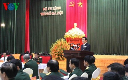 Staatspräsident Truong Tan Sang besucht Kommandostab der Hauptstadt Hanoi - ảnh 1