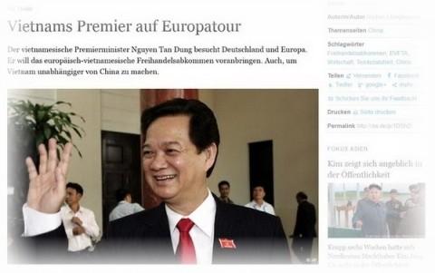 Premierminister Nguyen Tan Dung stattet den offiziellen Besuch in Deutschland ab - ảnh 1