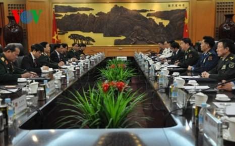 Verstärkte Zusammenarbeit zwischen Armeen Vietnams und Chinas - ảnh 1