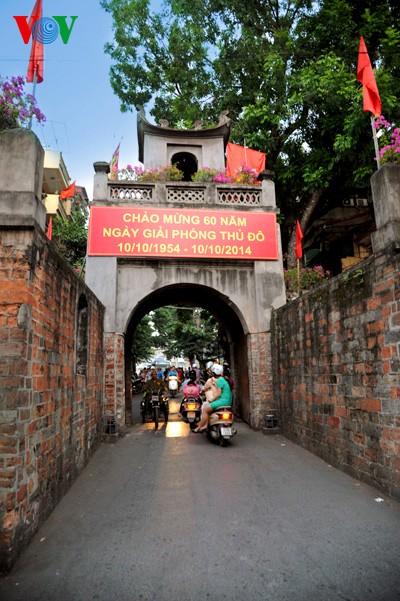 Zehn typische Architektureinrichtungen der Geschichte Hanois - ảnh 14