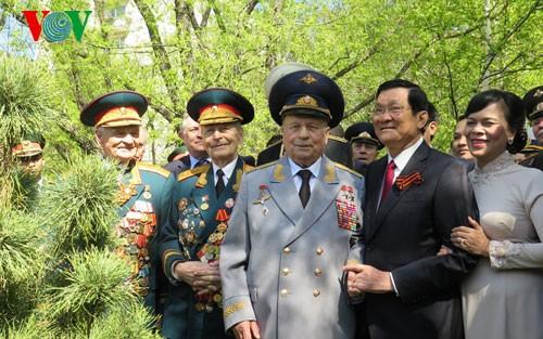 Tätigkeiten des Staatspräsidenten Truong Tan Sang in Russland - ảnh 1