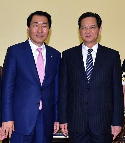 Vietnam und Südkorea verstärken Zusammenarbeit - ảnh 1