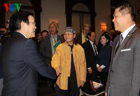 Staatspräsident Truong Tan Sang trifft in den USA lebende Vietnamesen - ảnh 1