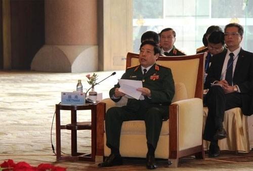 Verteidigungsminister Chinas und der ASEAN-Länder kommen zu einem inoffiziellen Treffen zusammen - ảnh 1
