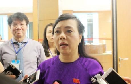 Abgeordneten diskutieren Gesetzentwürfe - ảnh 1