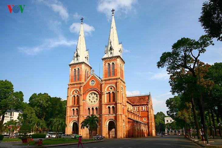 Die beliebten Besuchsziele in Ho Chi Minh Stadt - ảnh 2