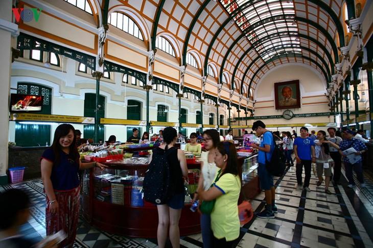 Die beliebten Besuchsziele in Ho Chi Minh Stadt - ảnh 3