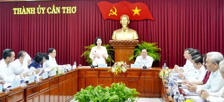 Parlamentspräsidentin: Die Entwicklung der Stadt Can Tho soll eng mit Umweltschutz verbunden - ảnh 1
