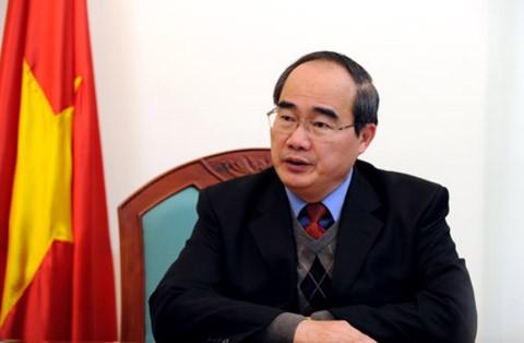 Vorsitzender der Vaterländischen Front Vietnams besucht Provinz Gia Lai - ảnh 1