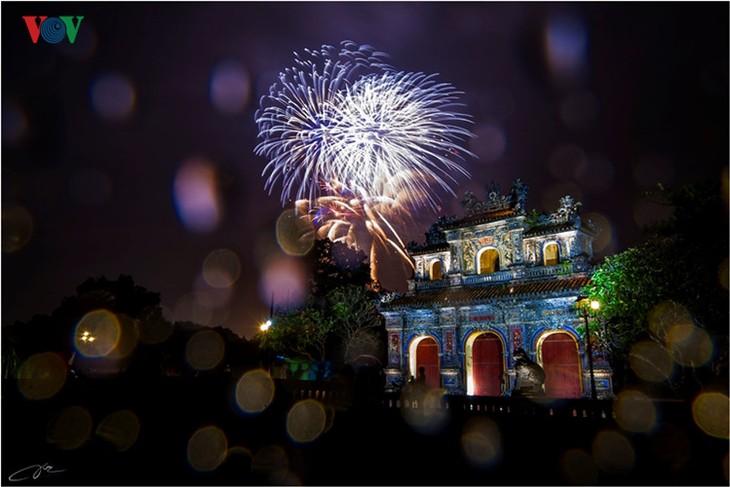 Die Schönheit der Kaiserstadt Hue in der Nacht - ảnh 11