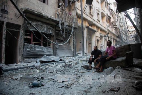 Syrien: Schwere Luftangriffe in Aleppo nach dem Ende der Waffenruhe - ảnh 1