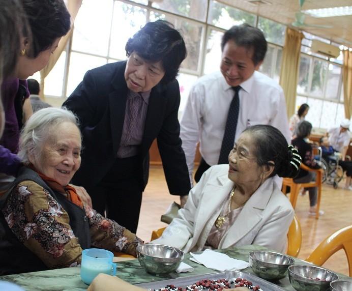 Altenpflege ist die konsequente Linie der Partei und des Staates Vietnams - ảnh 1